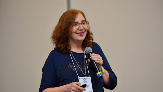 Entrevista com a Dra. Ana Julia Perrotti-Garcia