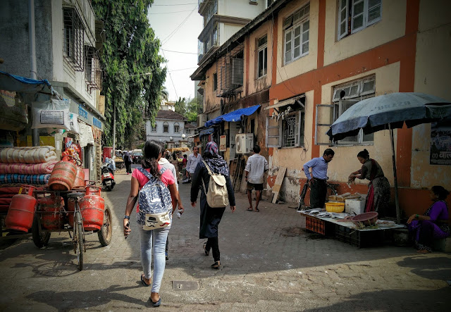 The lane the writer walks down every single day in suburban Mumbai. Credit: Sid Chakravarty