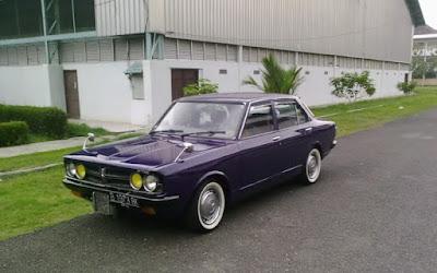 Toyota Corona 73