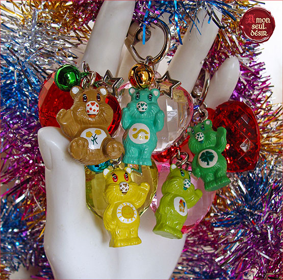 Bisounours Porte Clef Cle Girly Free Hugs Petit Oors Nounours Teddy Bear The Care Bears Key Chain Key Ring FriendShip