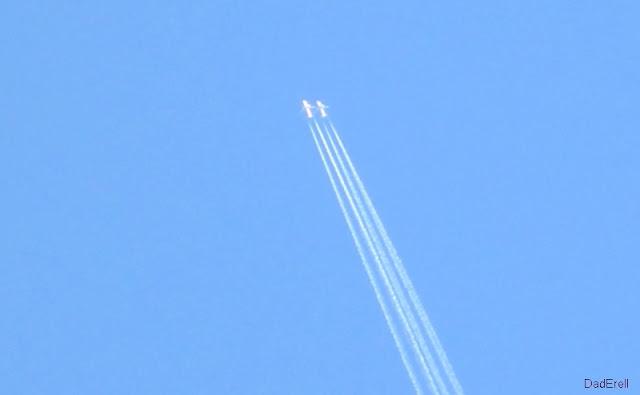 Deux avions à 36 000 pieds