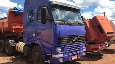 Caminhões furtados localizados em borracharia do Parque das Américas