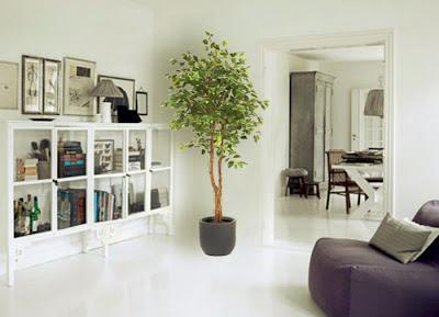 Algunas ideas para decorar con plantas artificiales for Plantas salon decoracion