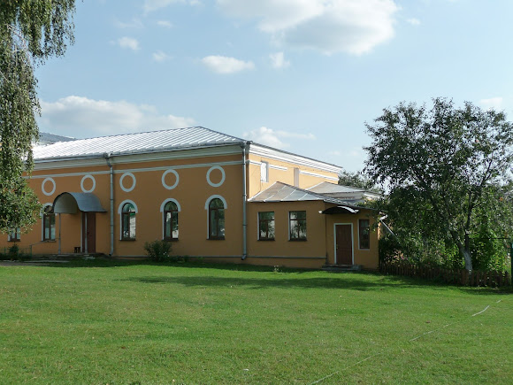 Чернігів. Єлецький Успенський монастир. Петропавлівський трапезний храм