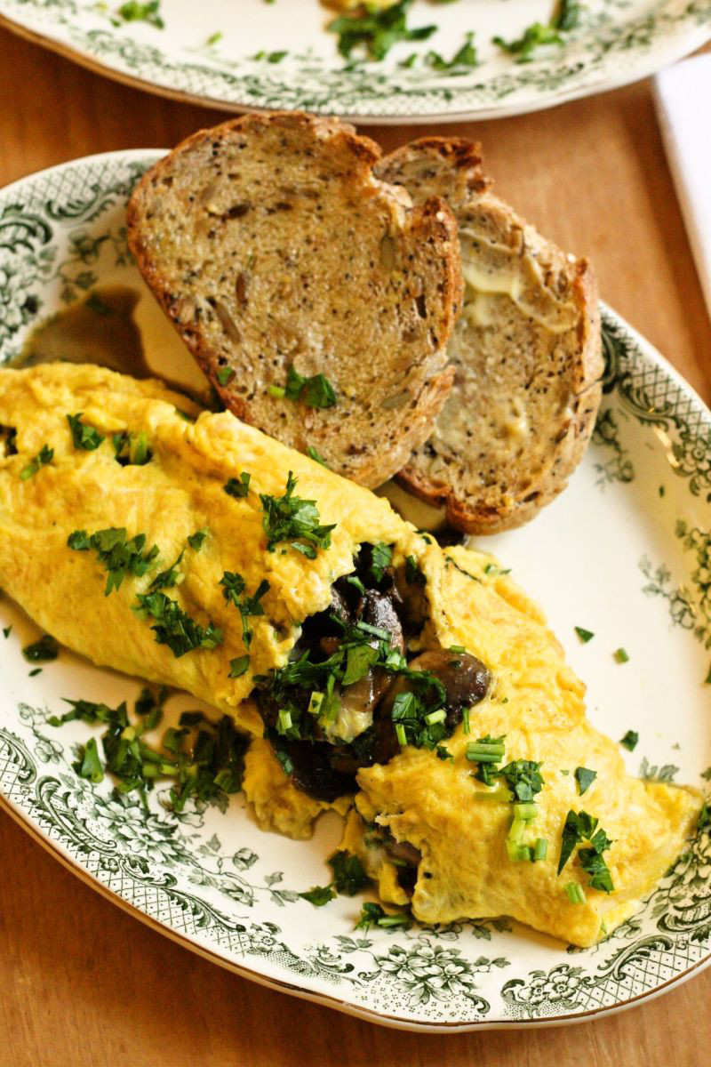 Fluffy Omelet withMushrooms, Herbs, and Cheese