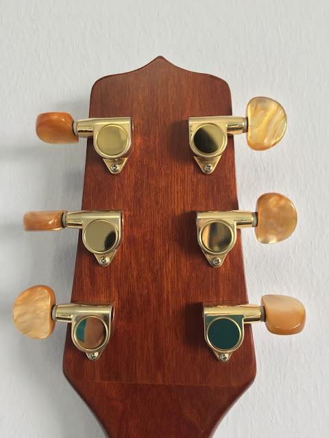 Guitar lessons Singapore guitar for sale
