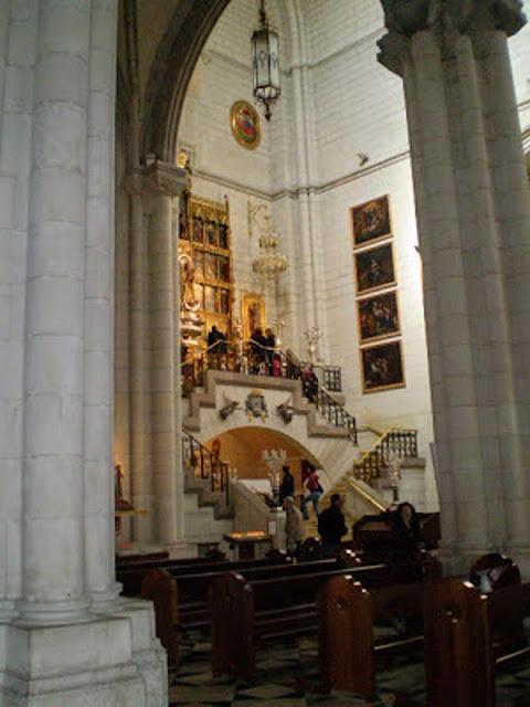 Catedral Santa Maria La Real de La Almudena - Madri Espanha