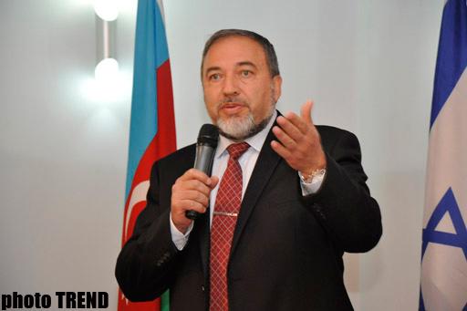 Acusan a Lieberman de ser agente de Azerbaiyán
