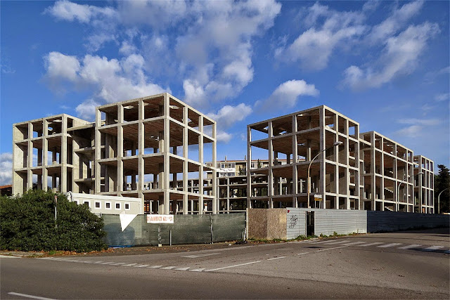 Buildings in construction, viale Petrarca, Livorno