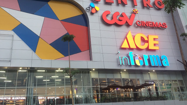 lobi icon mall gresik