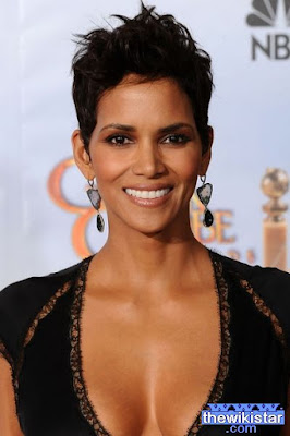 Halle Berry, American actress, born August 14, 1966 in the state of Ohio in the United States.