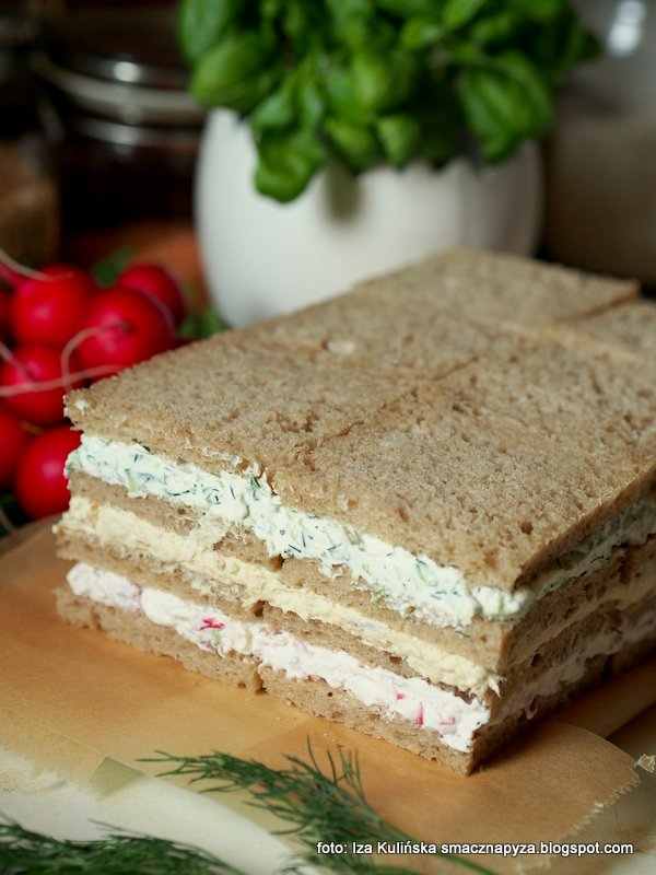 torcik wytrawny, tort wiosenny bez cukru, sernik wytrawny, tort z chleba i twarozku, tort chlebowo serowy, krem serowy