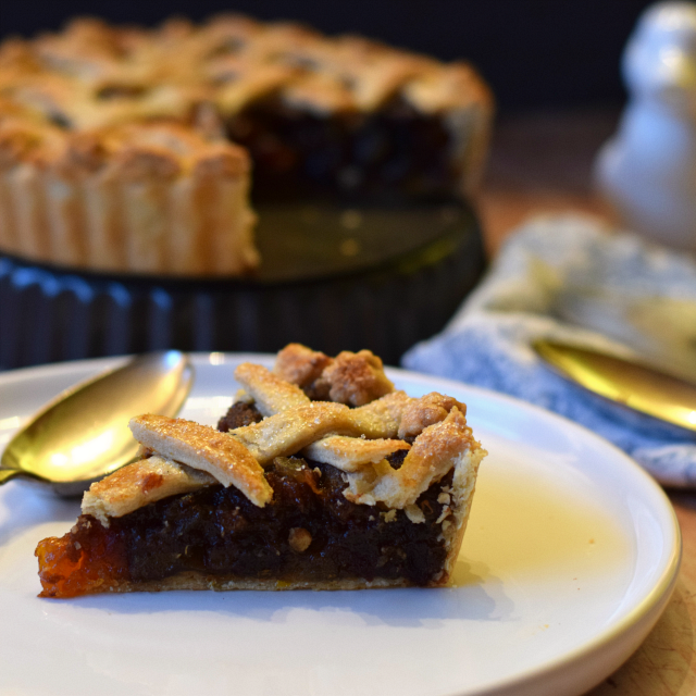 How to make a lattice crust pie filled with dates, apricots, ginger and orange.
