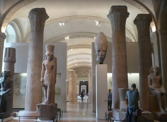 Sezione egizia al Louvre