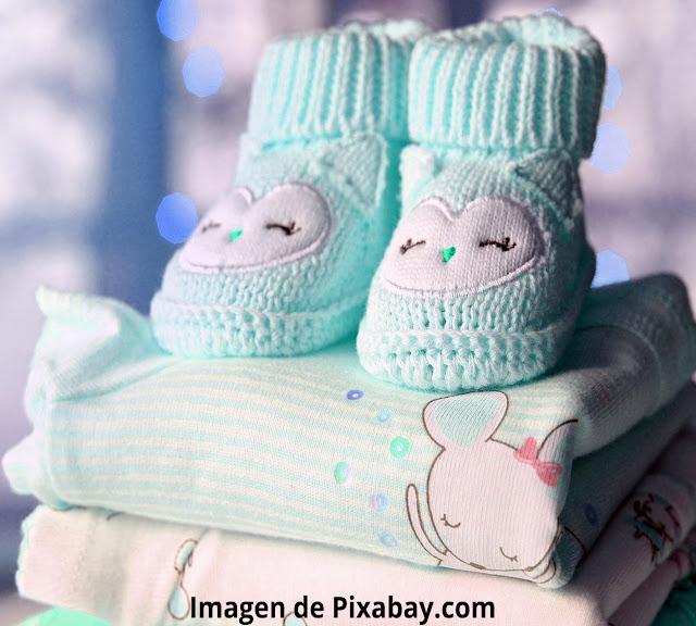 Ideas manualidades reciclar ropa bebé