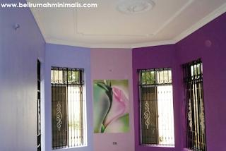 Perpaduan warna ungu cat rumah minimalis bagian dalam