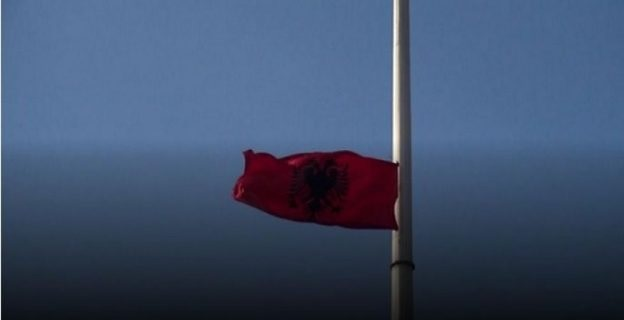 Detention for two young men who raised the Albanian flag in Kumanovo