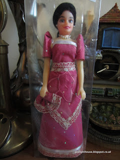 gaslighthouse.blogspot.com Filipina doll in traditional clothing