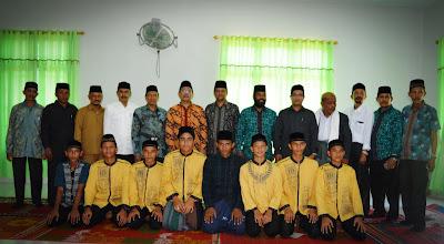 Siswa MAN Insan Cendekia Aceh Timur bersama Kakanwil beserta rombongan