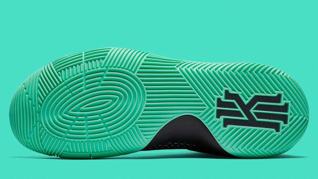 best sneakers 3558d a27f3 Kyrie 2