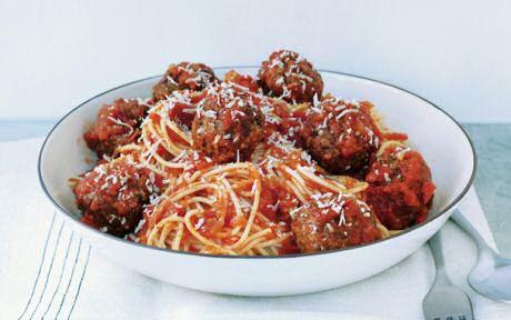 Lekker makkelijk recept om spaghetti met gehaktballen te maken