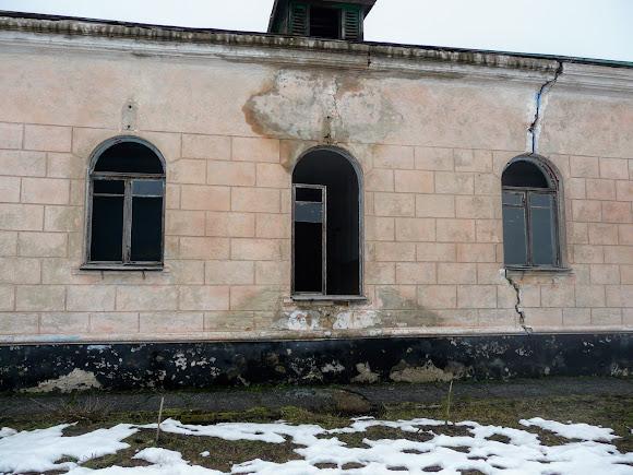 Самарський Свято-Миколаївський монастир. Занедбана будівля
