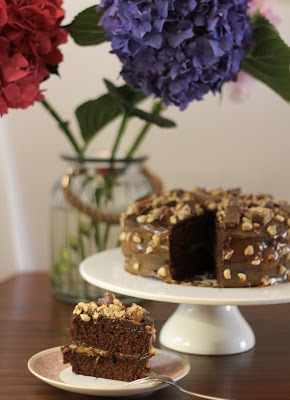 Nutella-caramel-Snickers chocolate cake