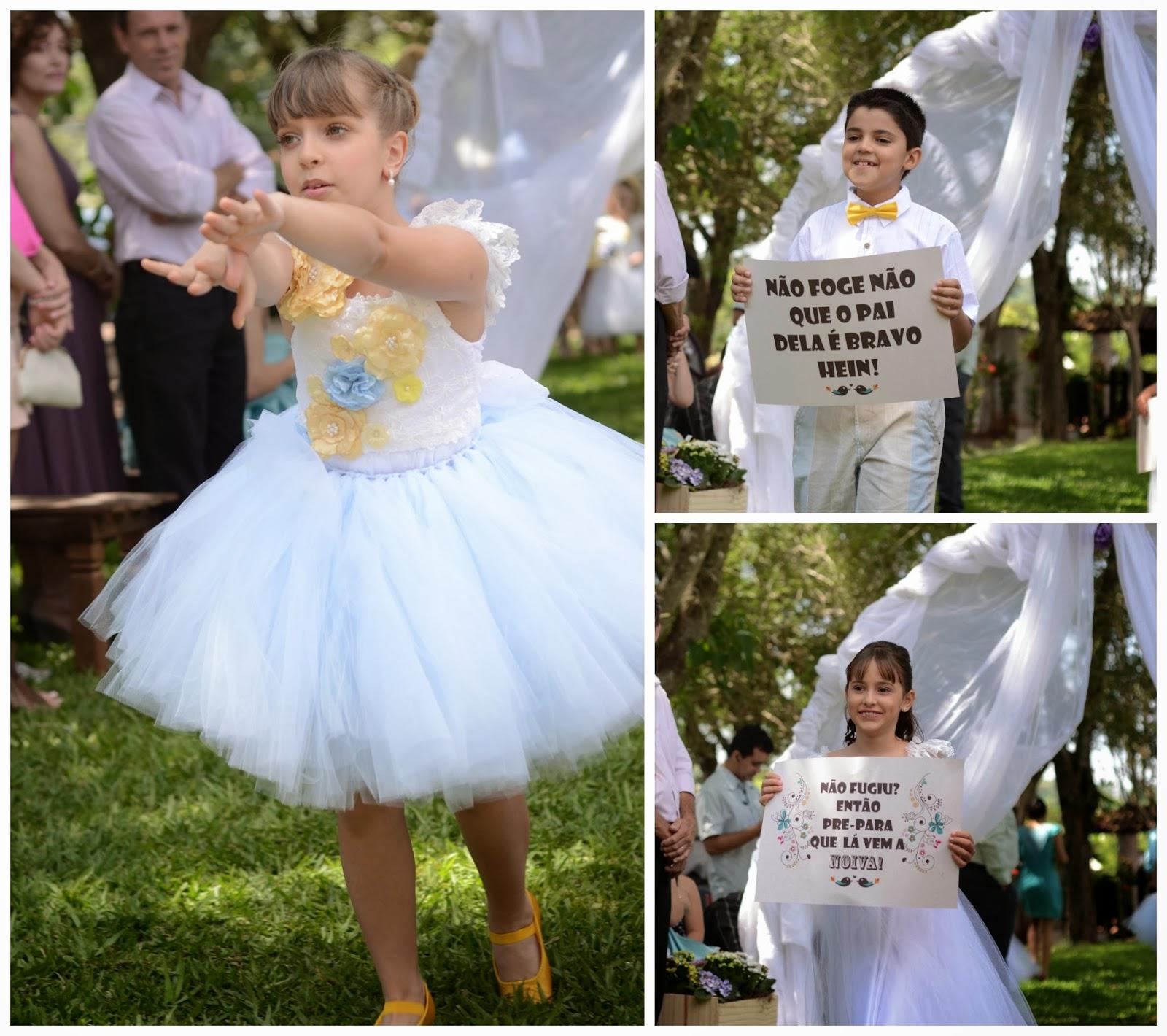 cerimonia-entrada-noiva-plaquinhas-casamento-dia-azul-amarelo-1