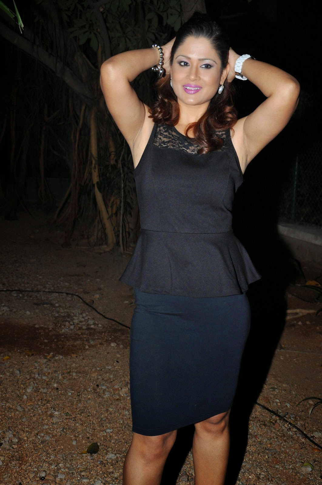 Anchor Shilpa Chakravarthy Latest Cute Hot Black Dress Spicy Photos Gallery At Heroine Movie Audio Launch