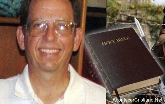 Jeffrey Fowle preso en Cora del Norte por dejar Biblia