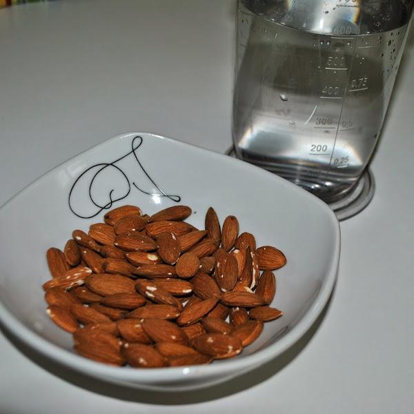 DIY - mandljevo mleko