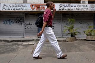 Incremento del salario mínimo provocó cierre de empresas y más desempleo en Venezuela
