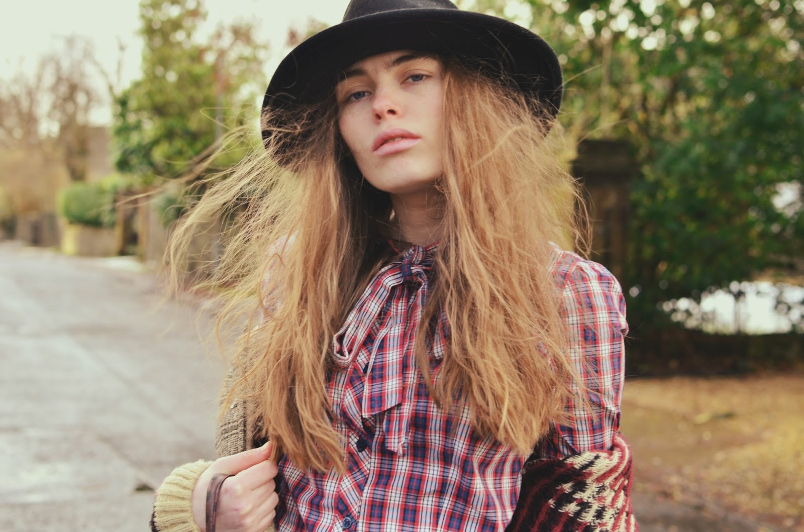 fashion, fashion blogger, ootd, scottish, style, winter style, how to wear a check shirt, how to wear cord jeans,