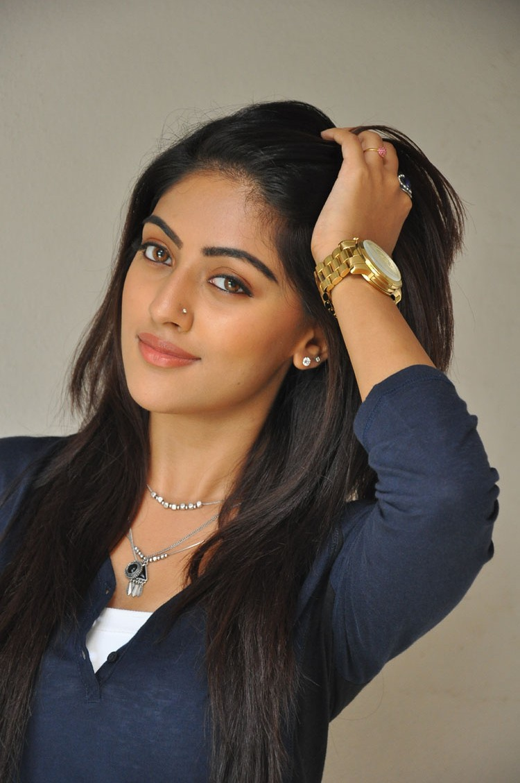 Anu emmanuel latest at Inorbit Mall