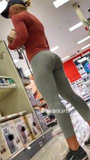 mujeres bellas pantalones yoga