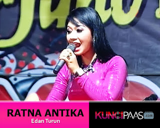 Foto Gambar Image Ratna Antika Monata - Edan Turun