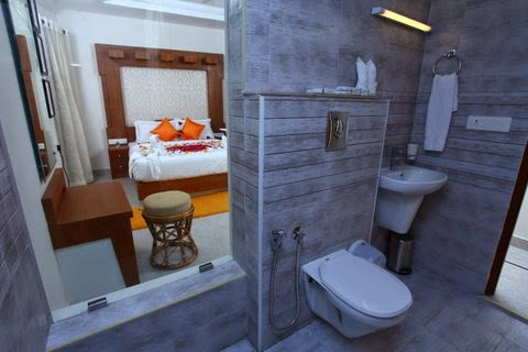room picutres of monsoon grande resort munnar, room interior of monsoon grande munnar
