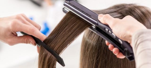 Memakai Hair-styling