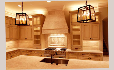 Countertops on Large Gourmet Kitchens With 2 Antique and Unique Lamp forr decoration Photo 009