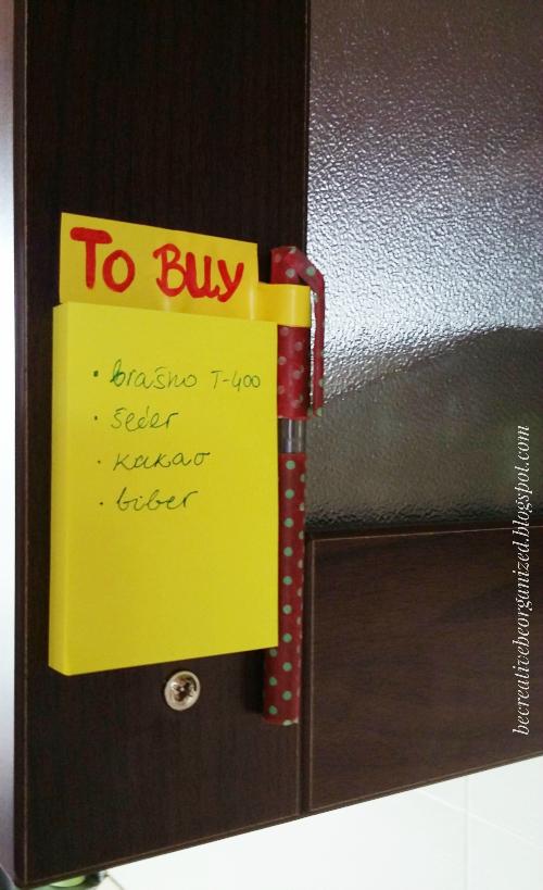 """To Buy"" Lista u kuhinjskom ormariću"
