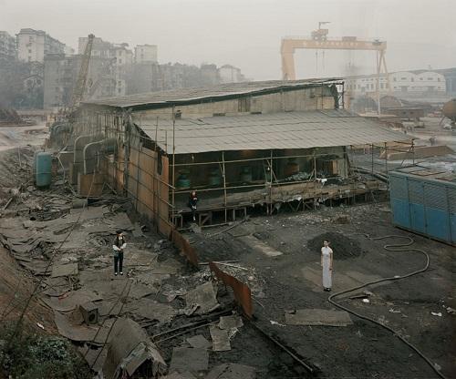 """""""A garage in Chongqing"""" por Jiagang Chen, 2009."""