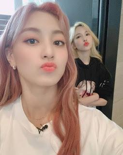 TWICE Jihyo and Mina FC Rumor