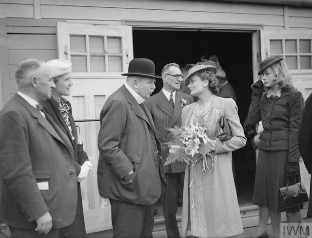 Lord Derby at the opening of the new Flotilla Club extension, 31 July 1941 worldwartwo.filminspector.com
