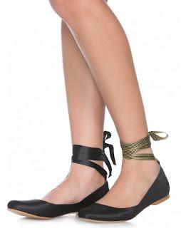 Tendência sapatilha bico redondo fita cetim preto