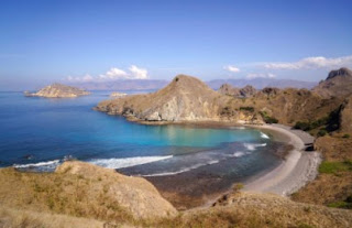 Komodo di Labuan Bajo, Surganya Para Traveller Pulau Rinca
