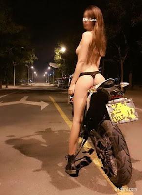 Joki Motor Cantik Tengah Malam Naik Motor Gak Pake Baju