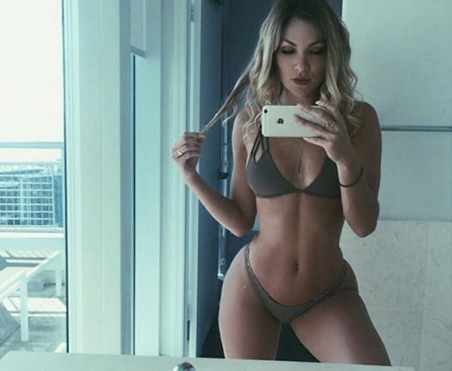 Hot girls Cassandre Davis sexy Ronaldo girlfriend 6