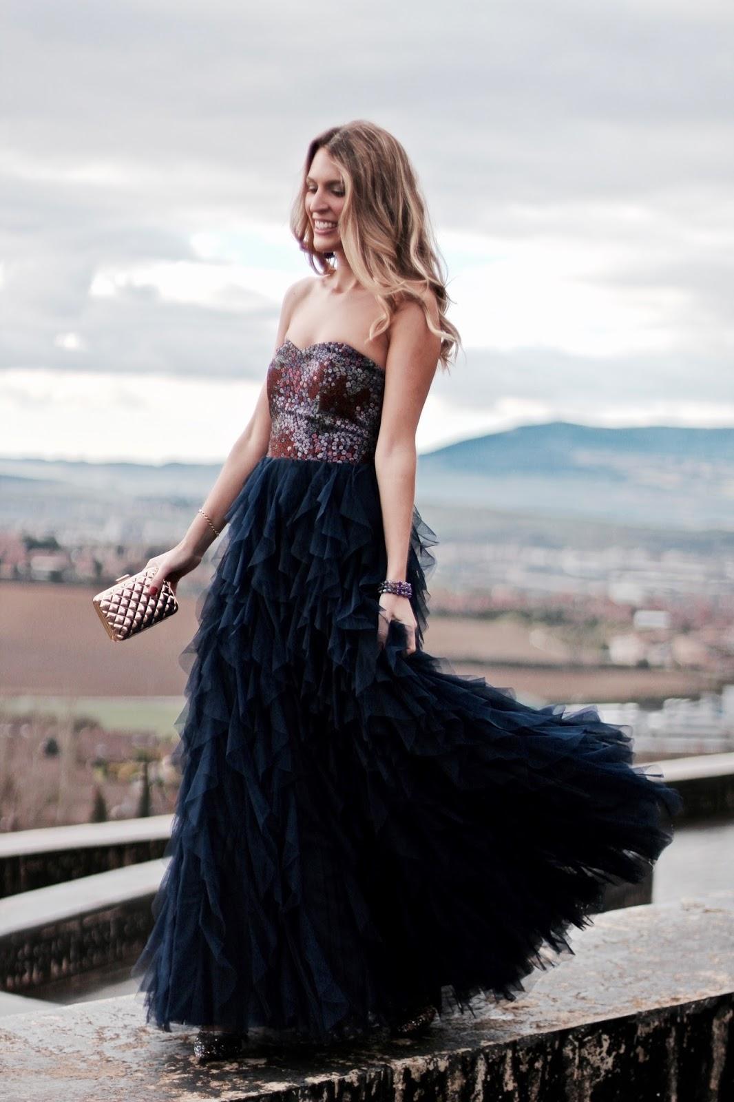 vestido largo de tul