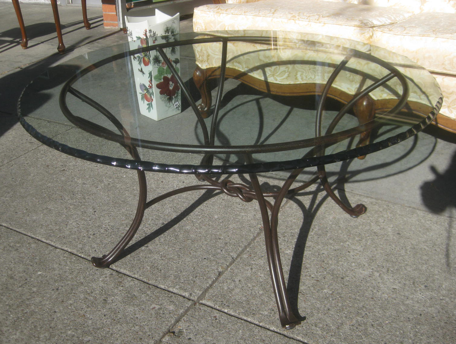 Glass Living Room Table Set: UHURU FURNITURE & COLLECTIBLES: SOLD