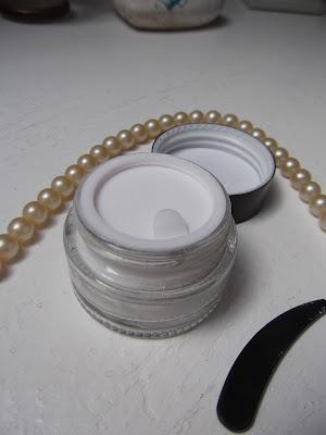 perlový prášok na pleť